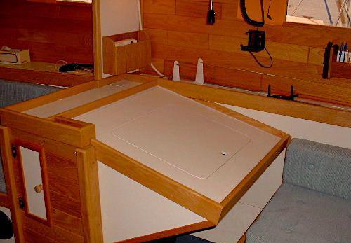 voilier-acier-blanc-35-06.JPG